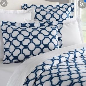 NWT Pottery Barn Nova Geo Duvet and Shams